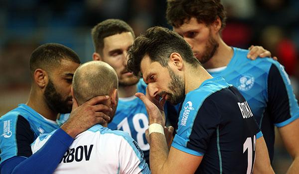 Обидное поражение от «Чивитановы» (Фото: Р.Кручинин)