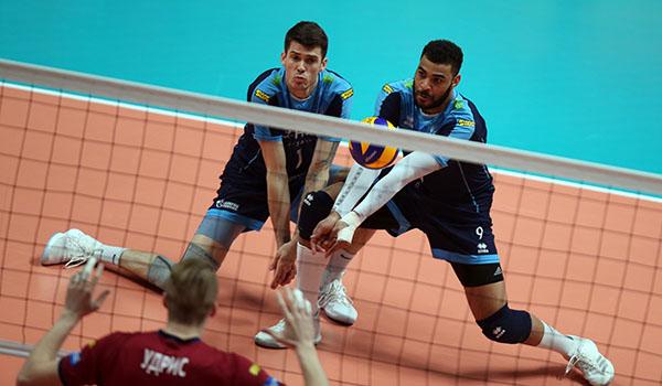 «Зенит» повёл в полуфинальной серии с «Факелом» (Фото: Р.Кручинин)