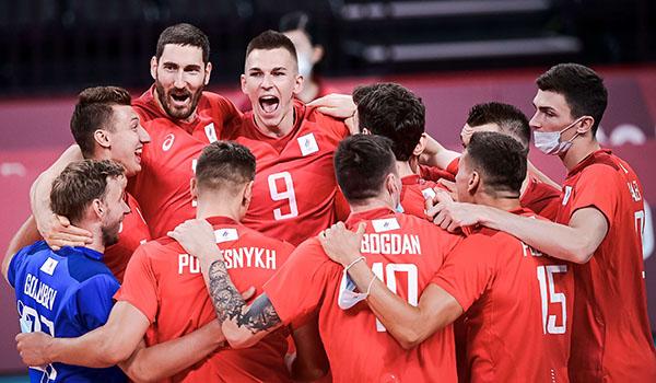 Российские волейболисты обыграли американцев на Олимпиаде (Фото: FIVB)