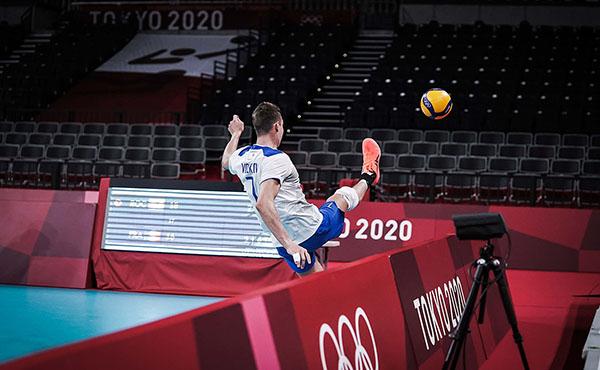 Волейболисты сборной России потерпели первое поражение в олимпийском турнире (Фото: FIVB)