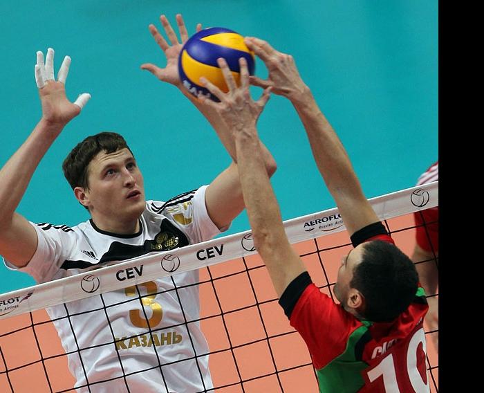 Апаликов - Синтини: борьба над сеткой