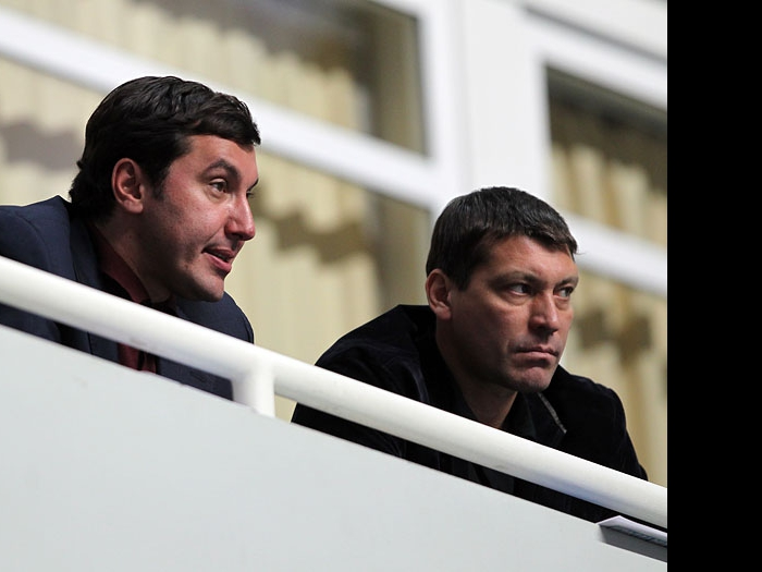 Президент Всероссийской федерации волейбола Станислав Шевченко (слева) и генеральный директор ВФВ Александр Яременко