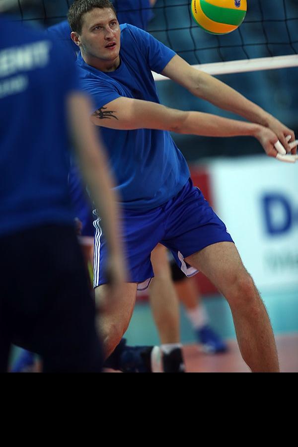 Николай Апаликов