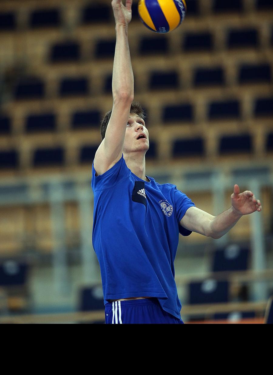 Алексей Кононов